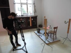 Fernsehaufnahmen_der_ENERGY-ART-2014_Kieselbrueter_von_Joachim_Poths_in_der_Galerie_an_der_Ruhr_Foto_by_Ivo_Franz1928