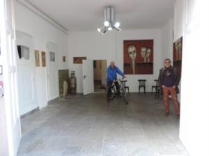 Mit_dem_Fahrrad_zur_Fruehlingsausstellung-2014_in_der_Galerie-an-der-Ruhr_Werke_von_J.H.Block_Kunststadt_MH_Foto_by_Ivo_Franz